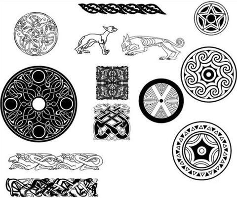 celtic design brush set
