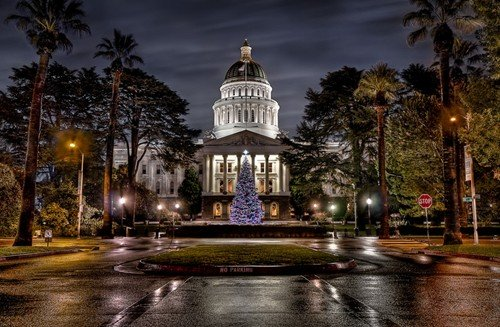 christmas at the capitol - long exposure photos
